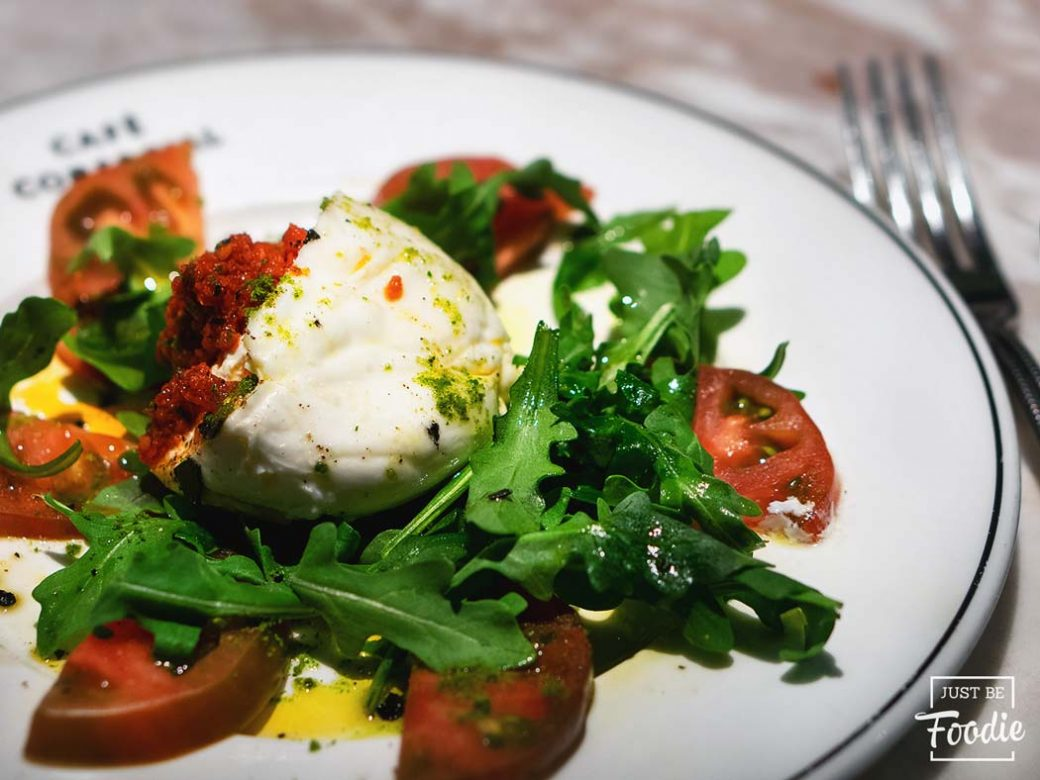 Burrata CAFÉ COMERCIAL BRUNCH
