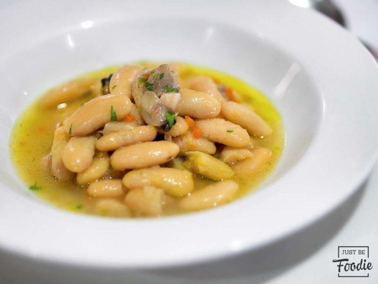 Fabes con Almejas Restaurante Casa Gerardo