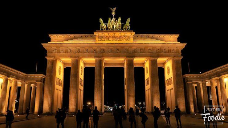 Puerta Brandenburgo guia turismo berlin
