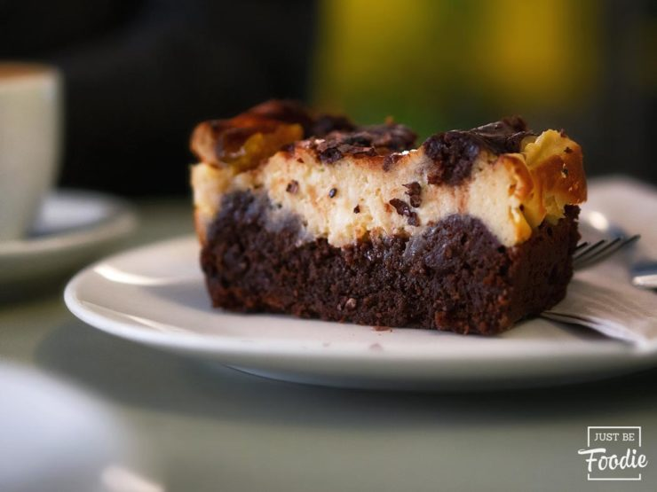 Toma Cafe Madrid Brownie Cheesecake