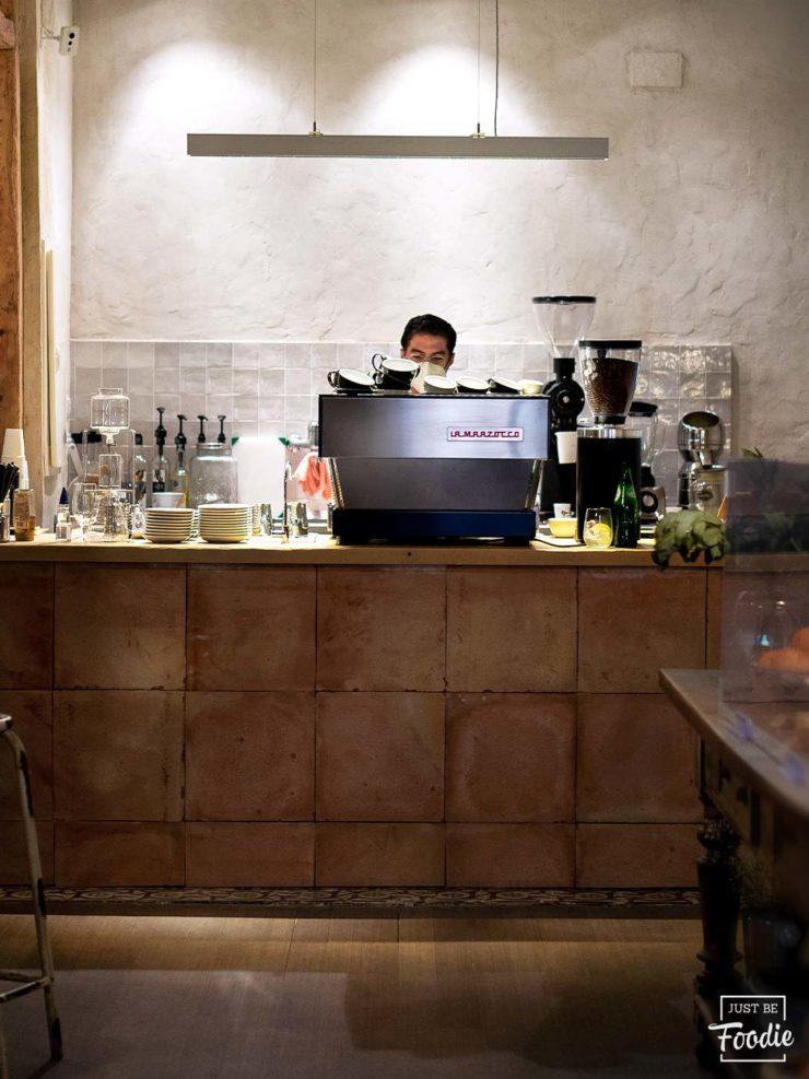 Local cafe especialidad madrid