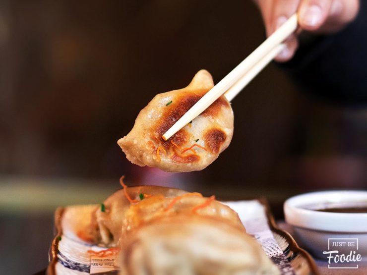 SHANGHAI STATION jiaozi carne verduras